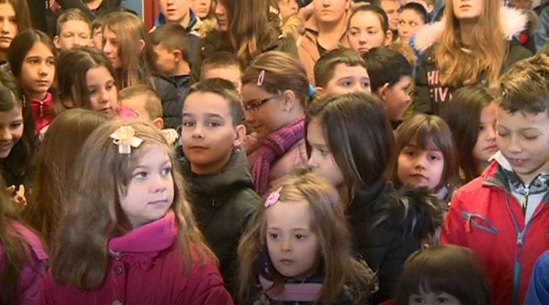 Porodica Dimitrijević osnovala fond za podsticaj nataliteta u MZ Mirosaljci