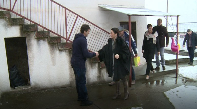 Potpredsednica SNS Marija Obradović posetila domaćinstvo porodice Milanović u MZ Trbušnica