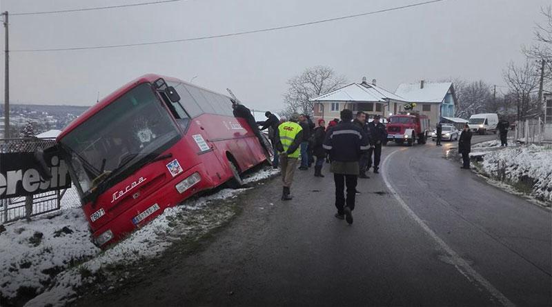 Autobus sleteo s puta