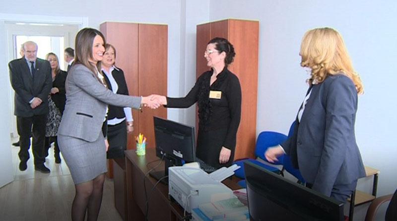 Ministarka pravde Nela Kuburović posetila Sud u Lazarevcu