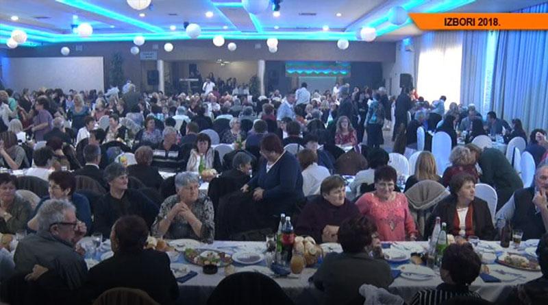Član predsedništva SNS Nebojša Stefanović posetio najstarije sugrađane