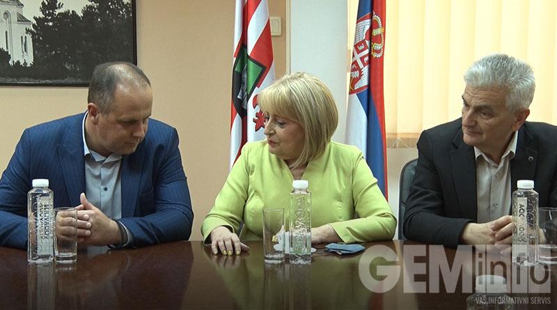 Slavica Đukić Dejanović u opštini
