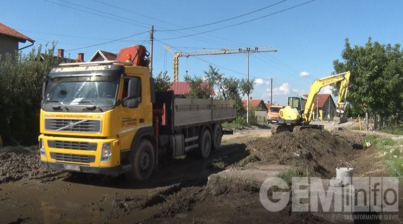 Nastavljeni infrastrukturni radovi u Lazarevcu