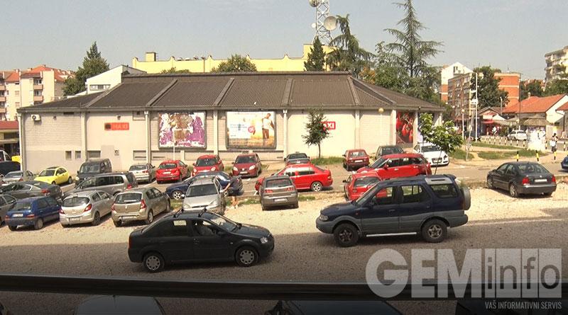 Parking u Lazarevcu