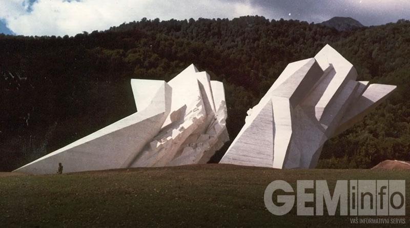 Spomenici iz filma Umetnost sećanja