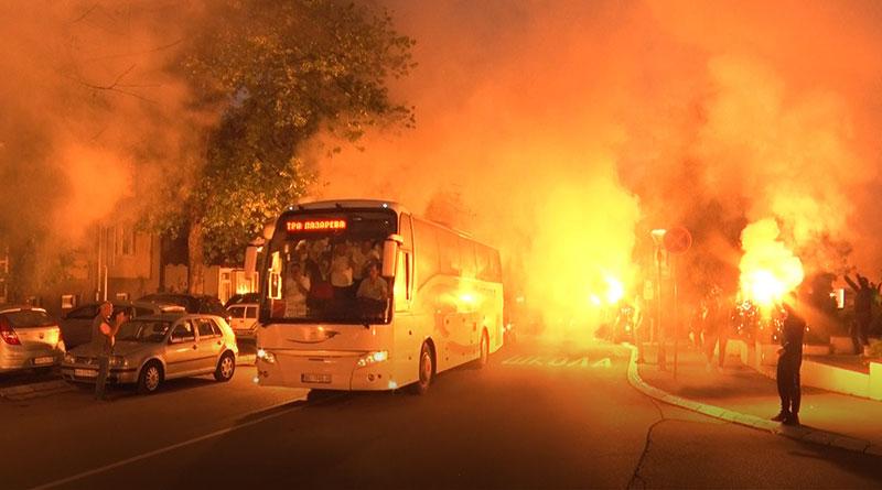 Dolazak fudbalera Borca u grad