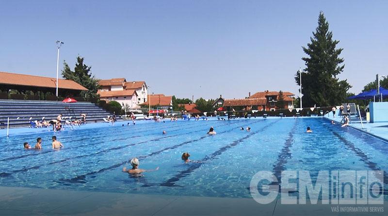 Gradski bazen u Lazarevcu