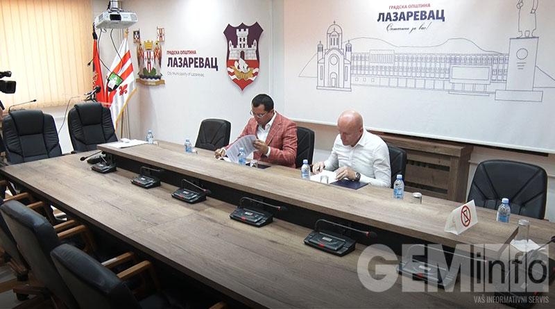 Potpisivanje sporazuma u opštini Lazarevac